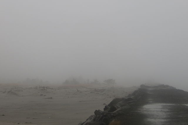 640px-US-WA-Olympia-CapeDissappointment-NorthJetty-2013.01.30-021.JPG
