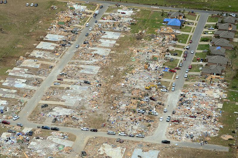 April_27,_2014_Vilonia_tornado_aerial_damage.jpg